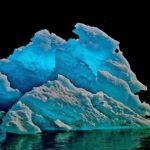 dawes-glacier-iceberg